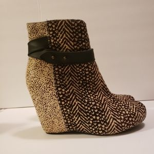 80% 20 wedge boots size 9